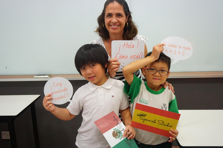 Spanish children group class - spanish studio language school singapore